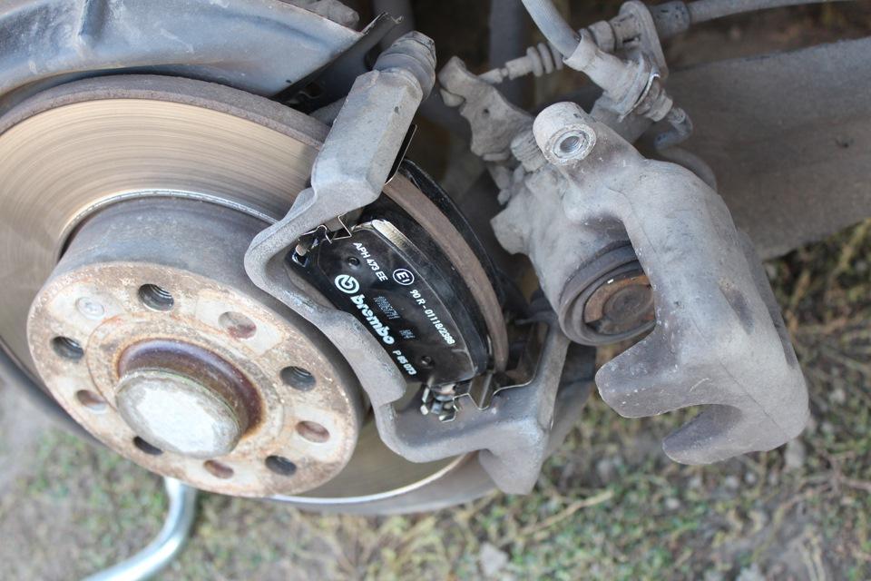 Замена задних колодок skoda yeti Замена масла в двигателе ниссан террано