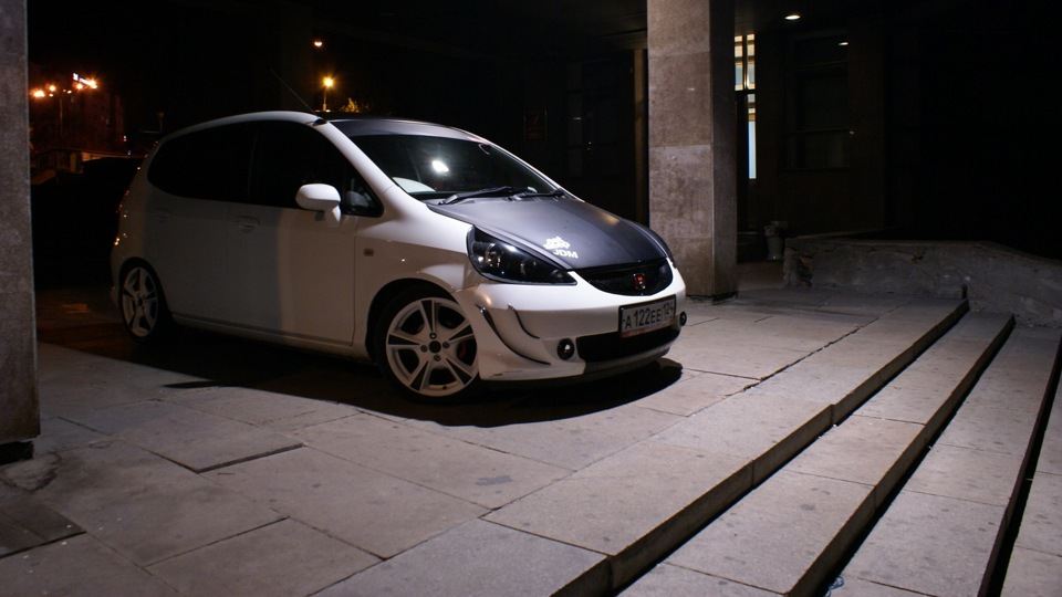 sale honda fit jdm made in japan from actual owner with the entire maintenance or mods. Black Bedroom Furniture Sets. Home Design Ideas