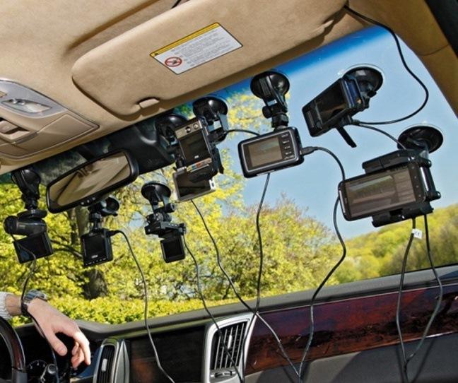 Как правильно прикрепить видеорегистратор на лобовое стекло
