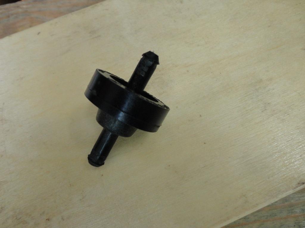 Обратный клапан на омыватель лобового стекла своими руками