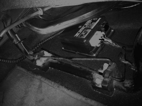 Давно хотел поставить себе СГУ, и вот настал этот долгожданный день=) Блок установил под воздухопровод обогрева...