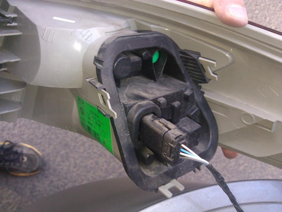 Рено флюенс ремонт своими руками видео замена лампочек