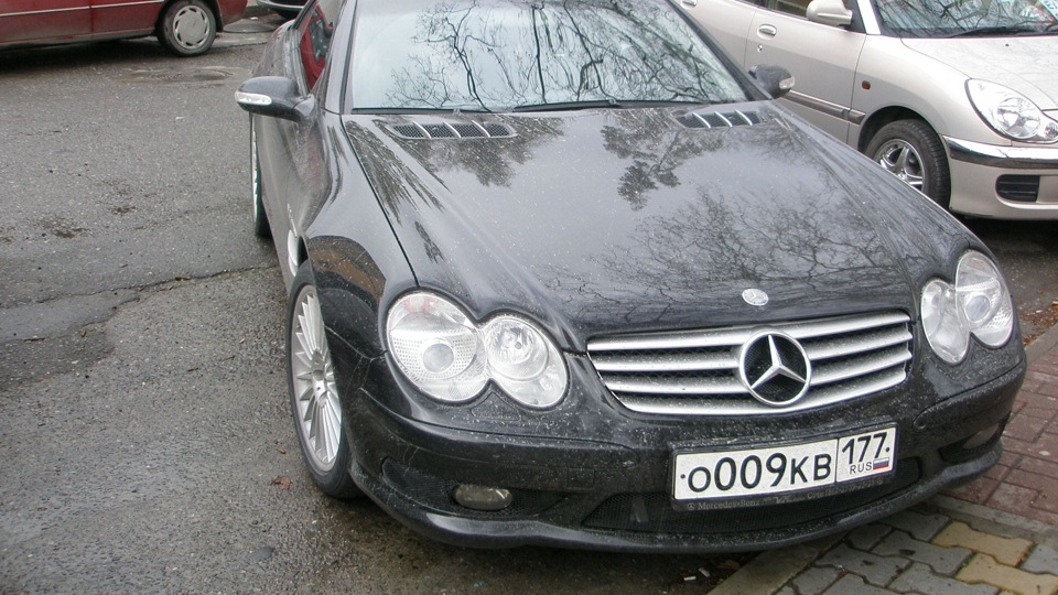 Mercedes benz sl 55 amg 2005 555 199 for Mercedes benz 555
