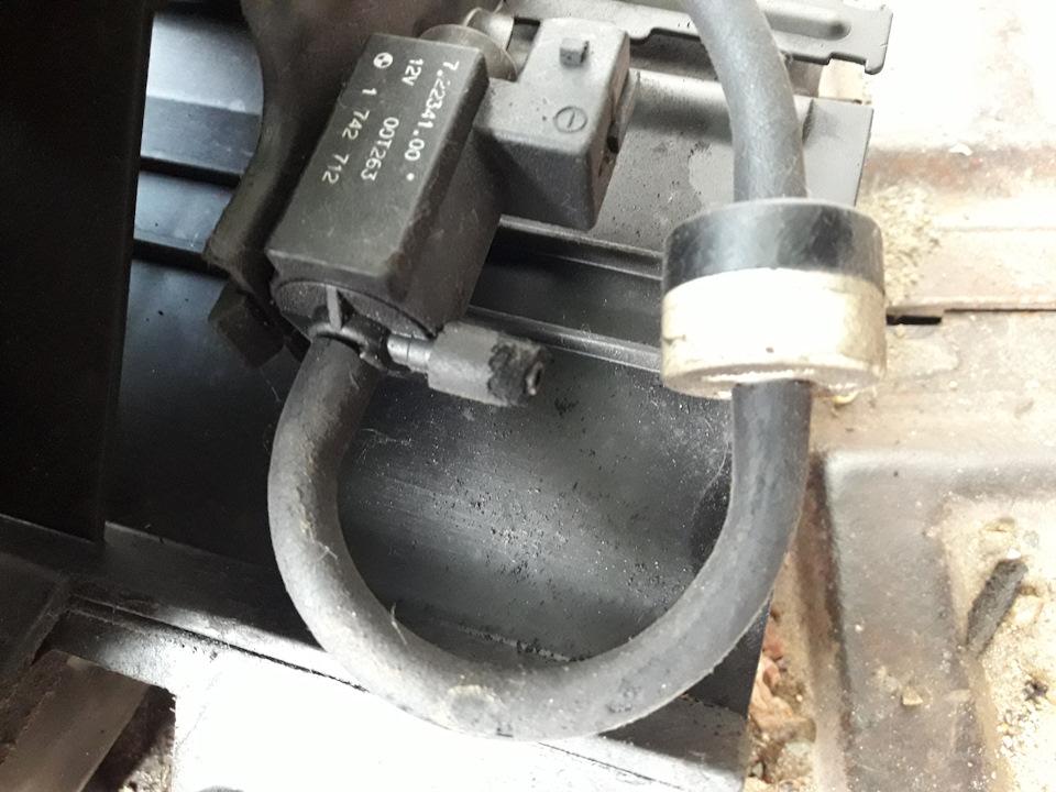 Замена маслосъемных колпачков бмв м54