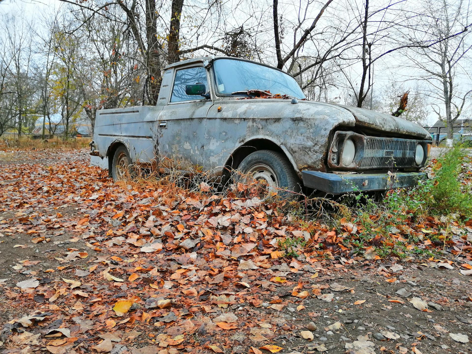 Фото брошенных машин