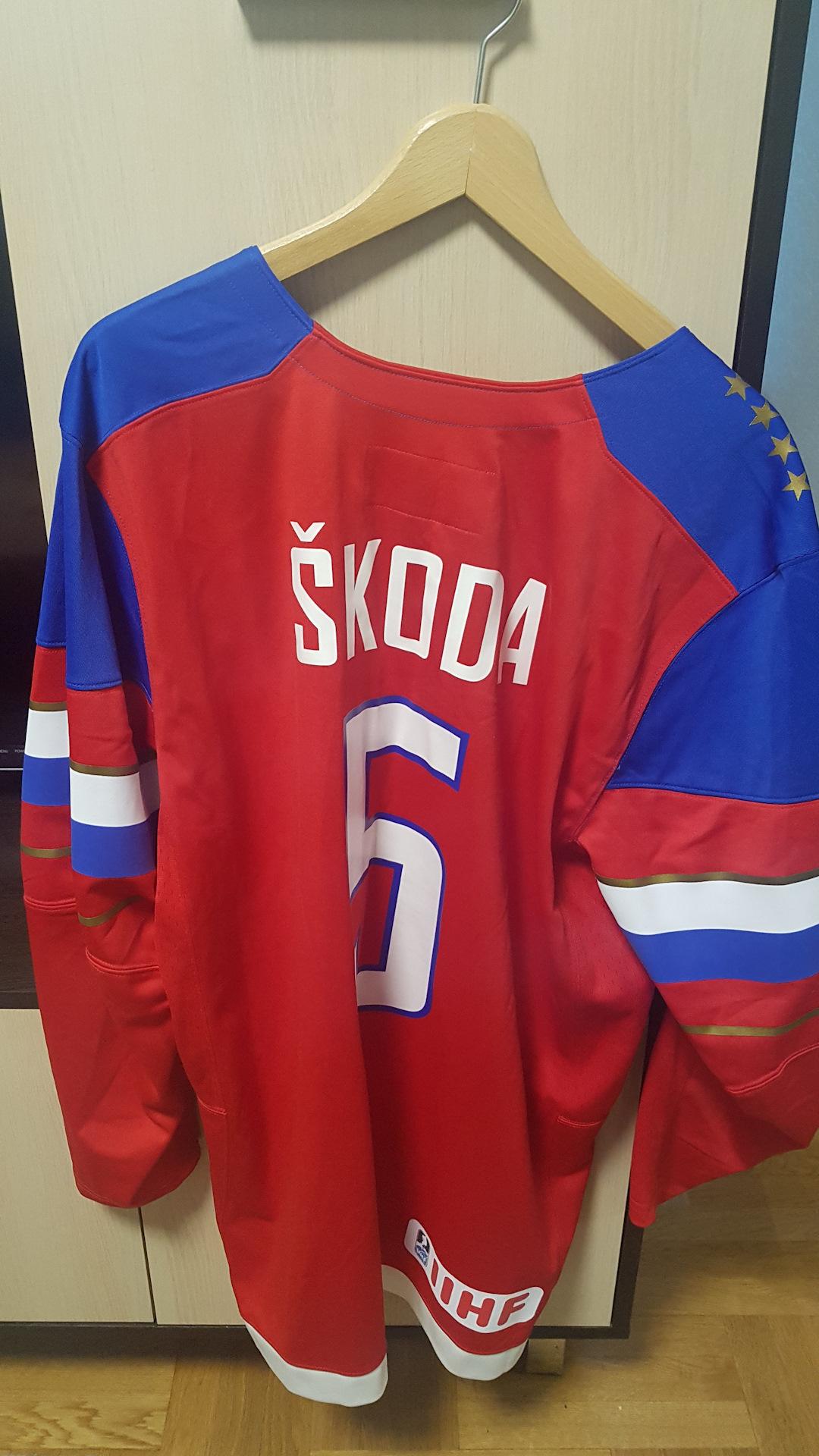 d3ded085 Временный пост. Хоккейный свитер Nike Skoda team — Skoda Octavia ...