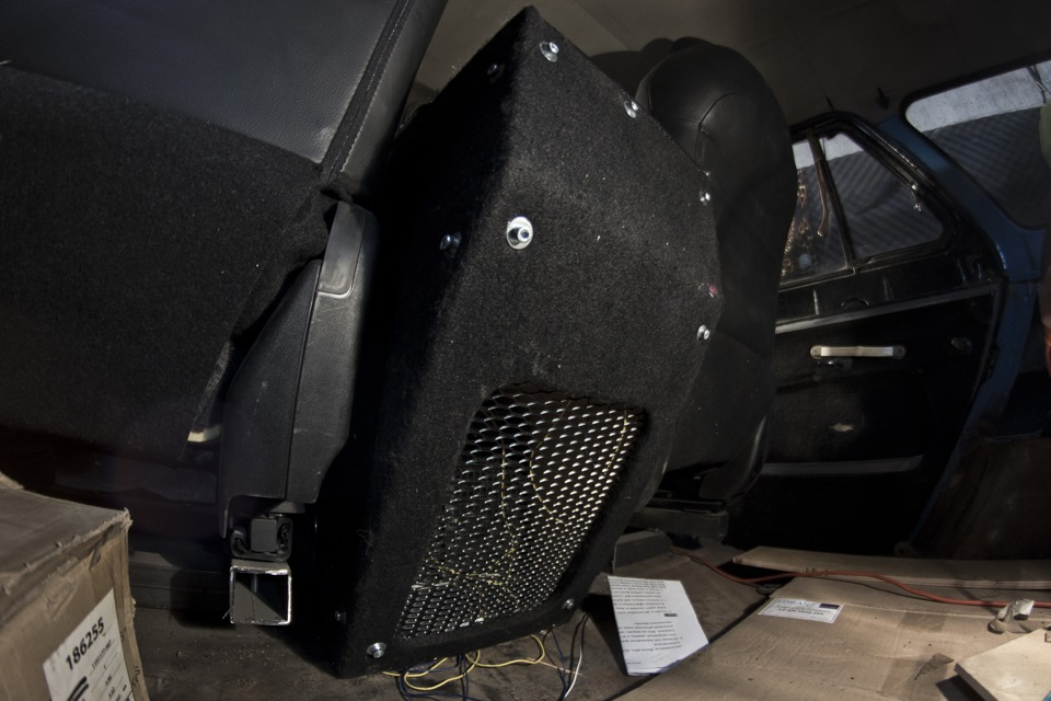 Подлокотник в УАЗ 469 своими