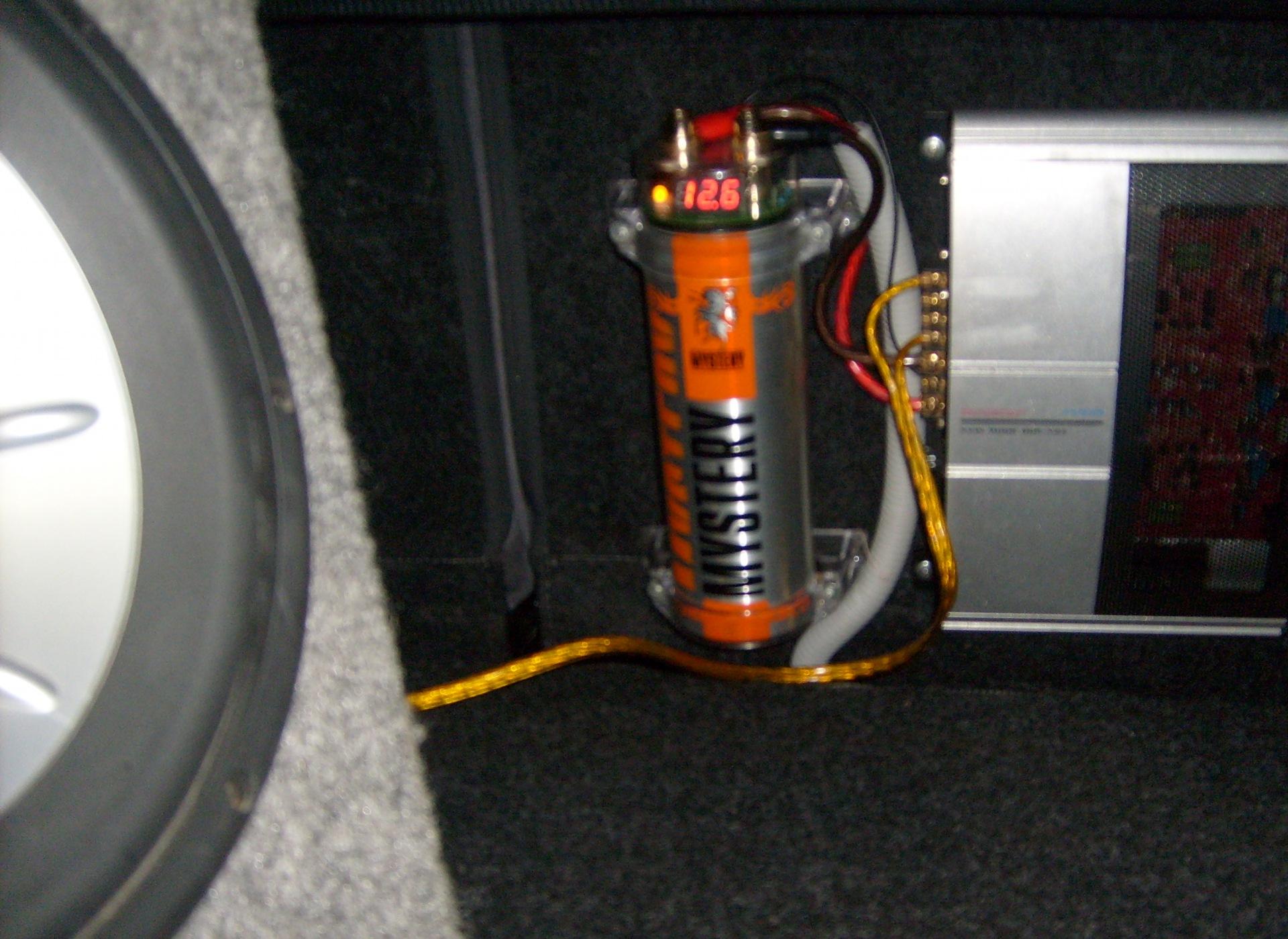 подключаем конденсатор к усилителю онлайн