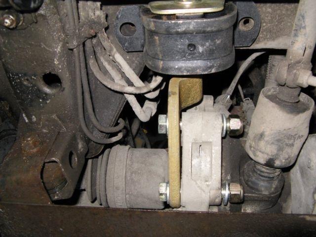 Фото №1 - замена подушки коробки передач ВАЗ 2110
