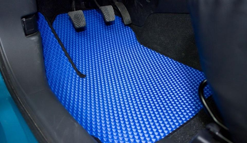 Как сделать коврики в машине черными