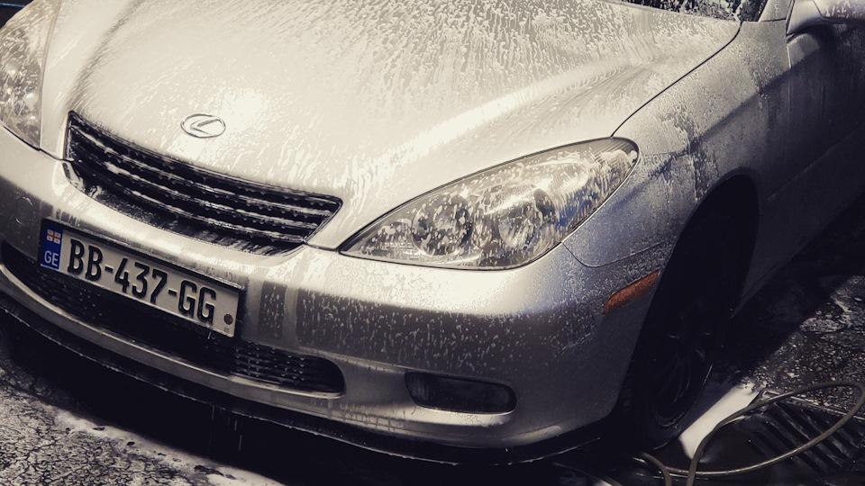 Lexus ES  обзор