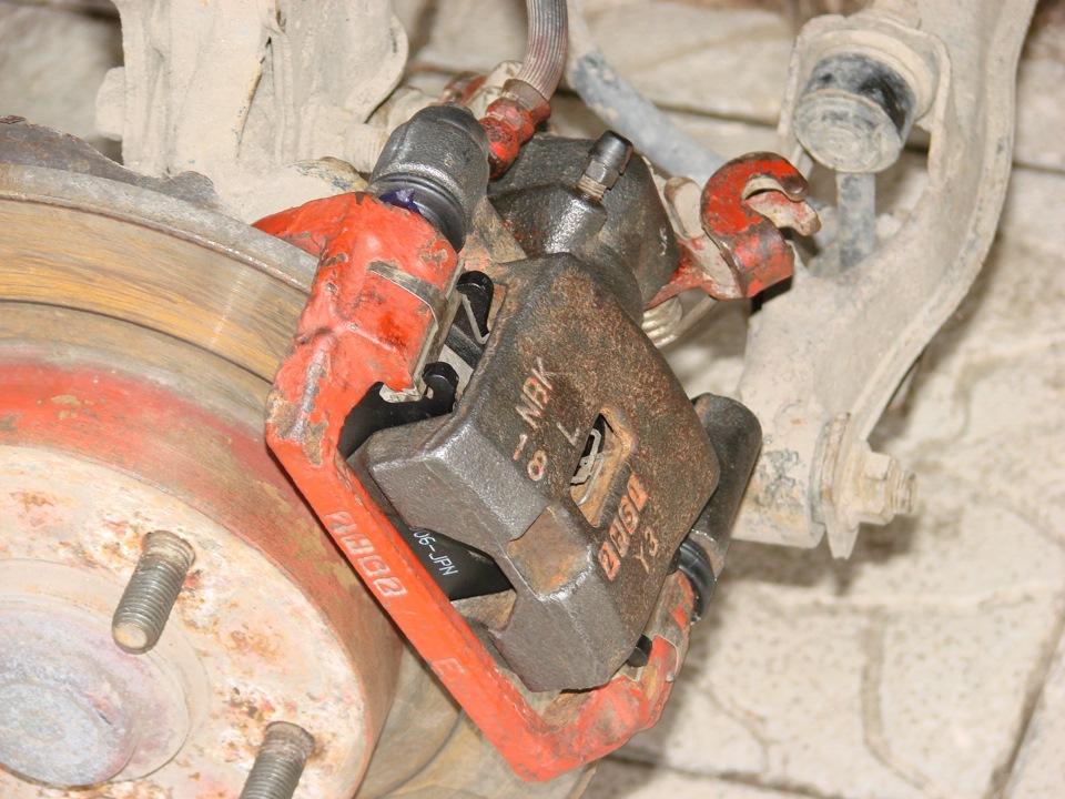 Замена задних тормозных колодок ниссан примера р12