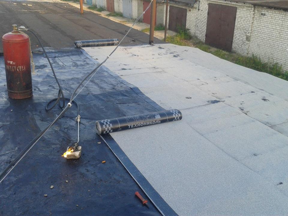 покрыть крышу на гараже профнастилом своими руками