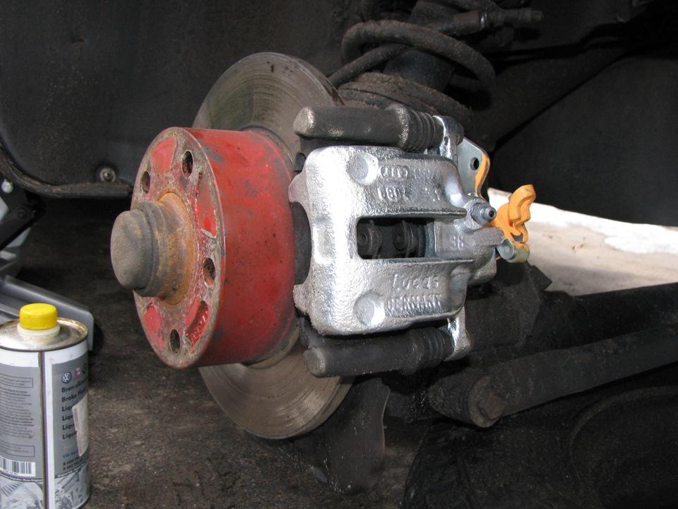 Прокачка тормозной системы мурано z50 Замена сайлентблоков задней балки мокка