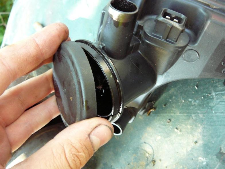 проверить мембрану маслоуловителя вольво