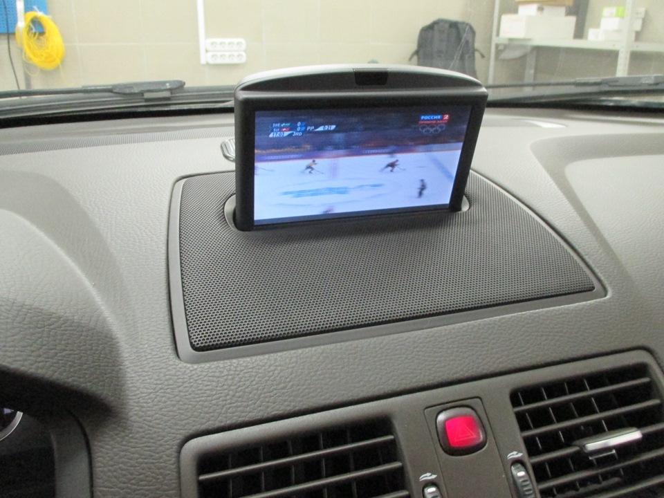 штатный монитор для автомобиля volvo s40