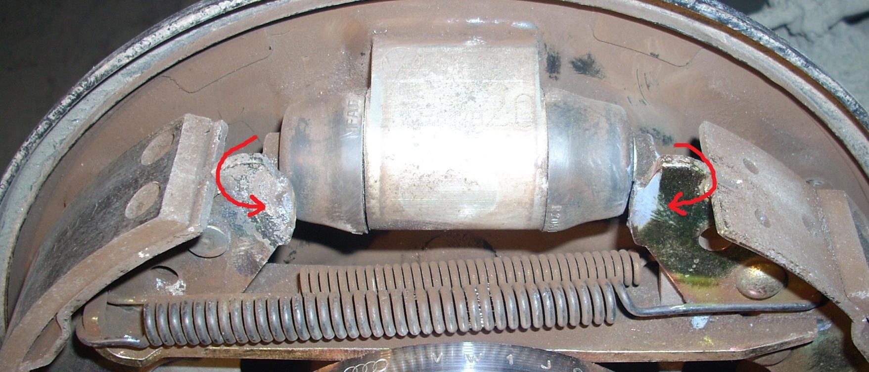 Видео замены задних тормозных колодок форд мондео