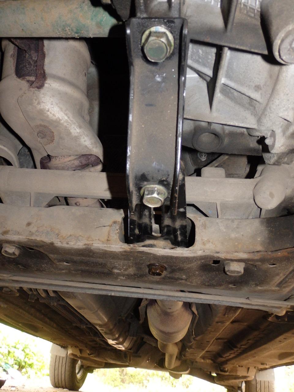 Замена опоры двигателя ниссан ноут Замена подушки раздатки сх4