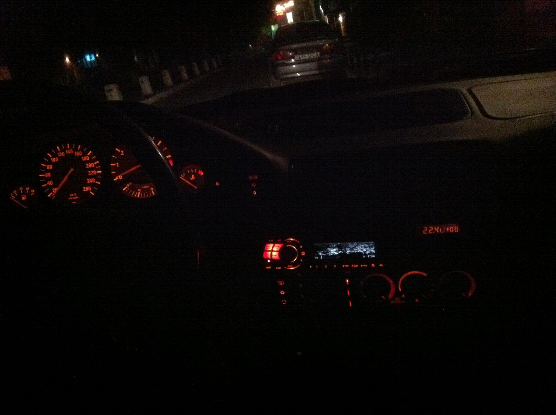 bmw ночью