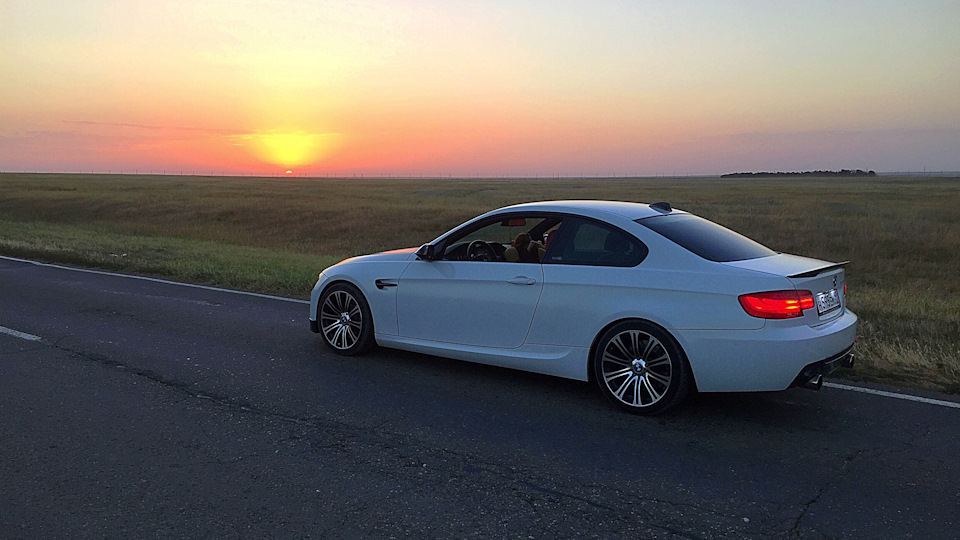 Bmw 3 Series Coupe 335xi Drive2