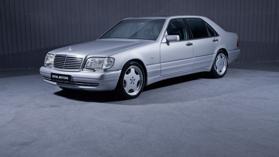 Selling mercedes benz s class 1996 gasoline automatic for Mercedes benz s 600 amg