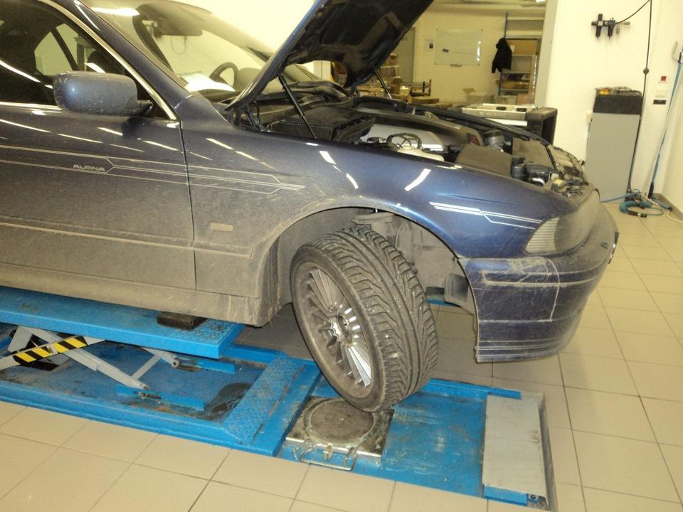 стойка амортизатора передняя BMW e30