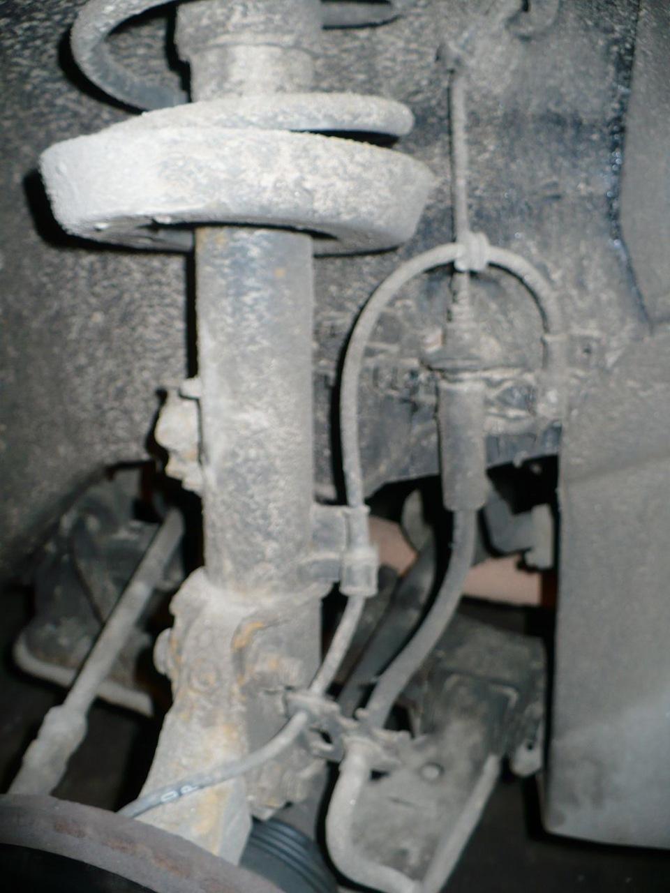 стук в передней подвеске опель вектра б