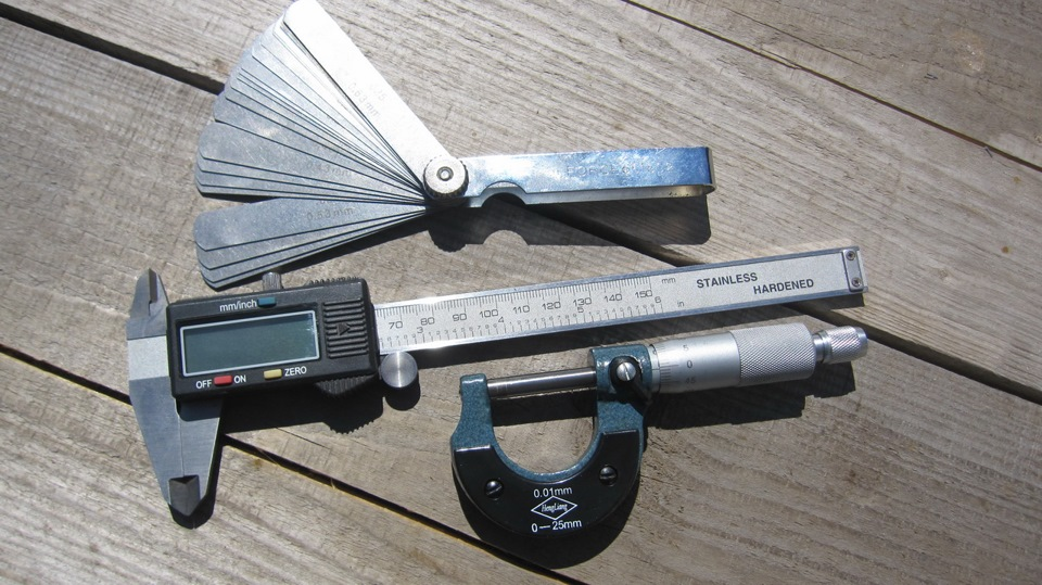 the caliper and micrometer (888) 674-7443 (toll free phone) (978) 249-3551 (toll phone) (978) 249-8495 (fax.
