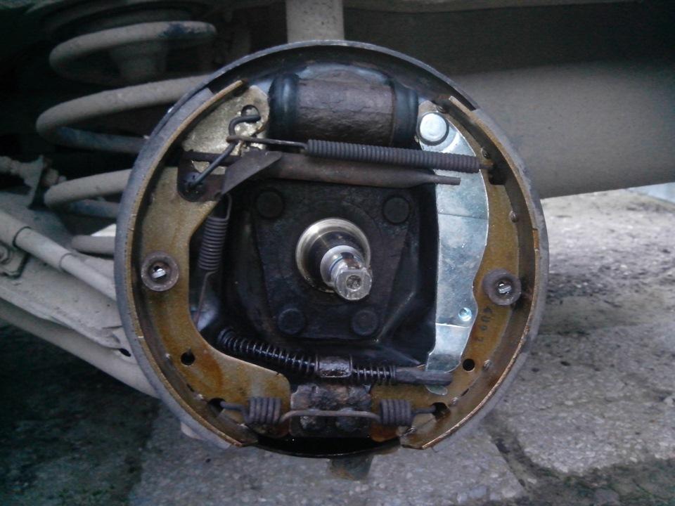 Замена задних колодок ланос