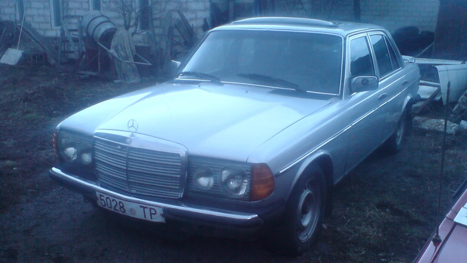 Mercedes benz w123 buffalo soldier drive2 for Mercedes benz of buffalo