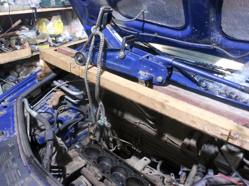вывешивание двигателя рено логан