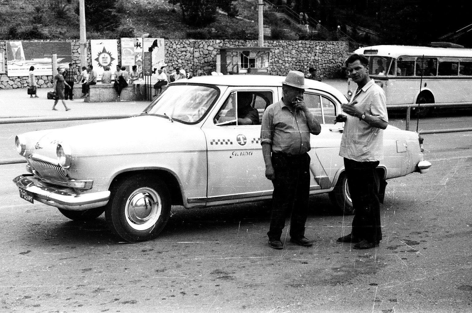 ванильные фото советский такси гифка тортиком