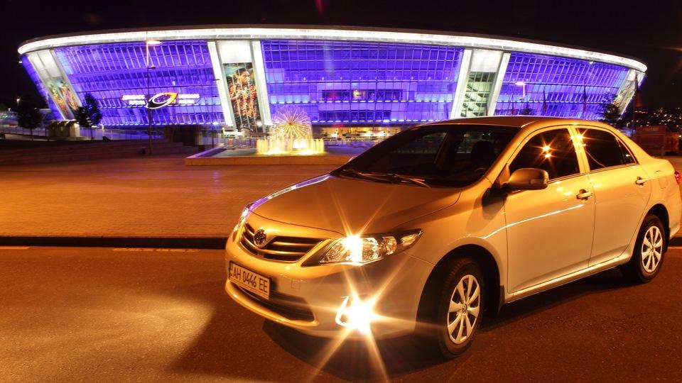 Toyota Corolla Japan City Car Drive2