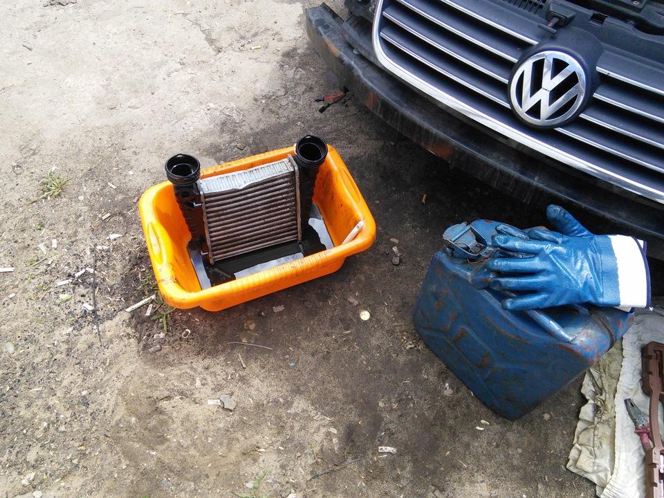 Как и чем и надо ли вообще промывать внутри интеркулер? - drive2