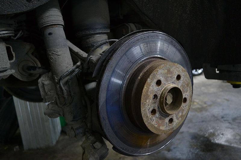 замена тормозных дисков на бмв
