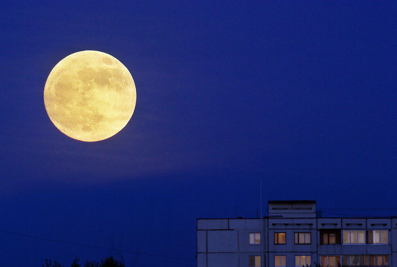 открыли фото гигантской луны можно будет сделать
