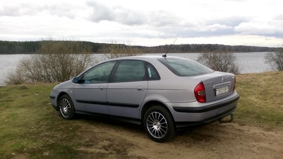 ситроен с5 2003 год за рулем