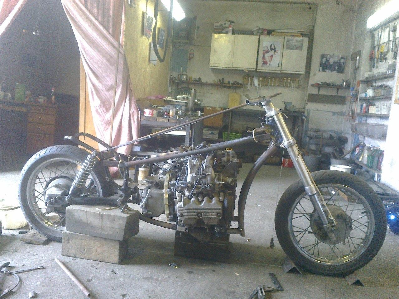 нее мотоцикл с двигателем от субару фото также ждут волнуются