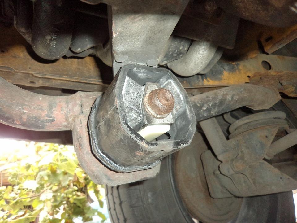 Замена подушки двигателя фольксваген транспортер элеватор для отопление