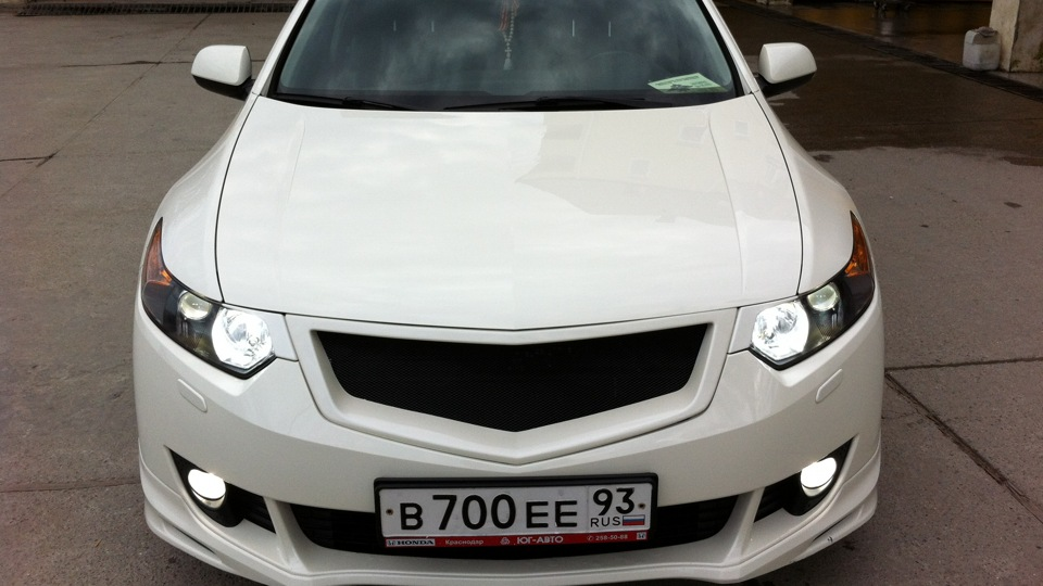 Хонда аккорд белая фото