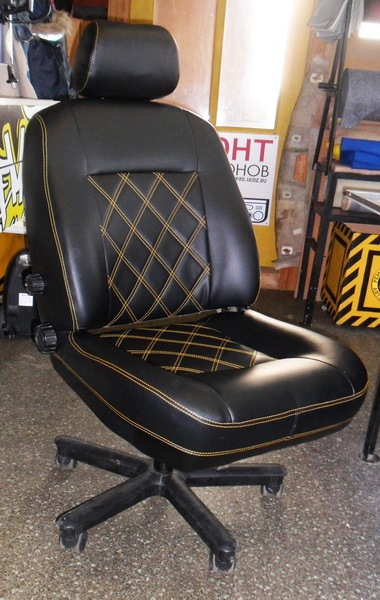 Автомобильного кресло
