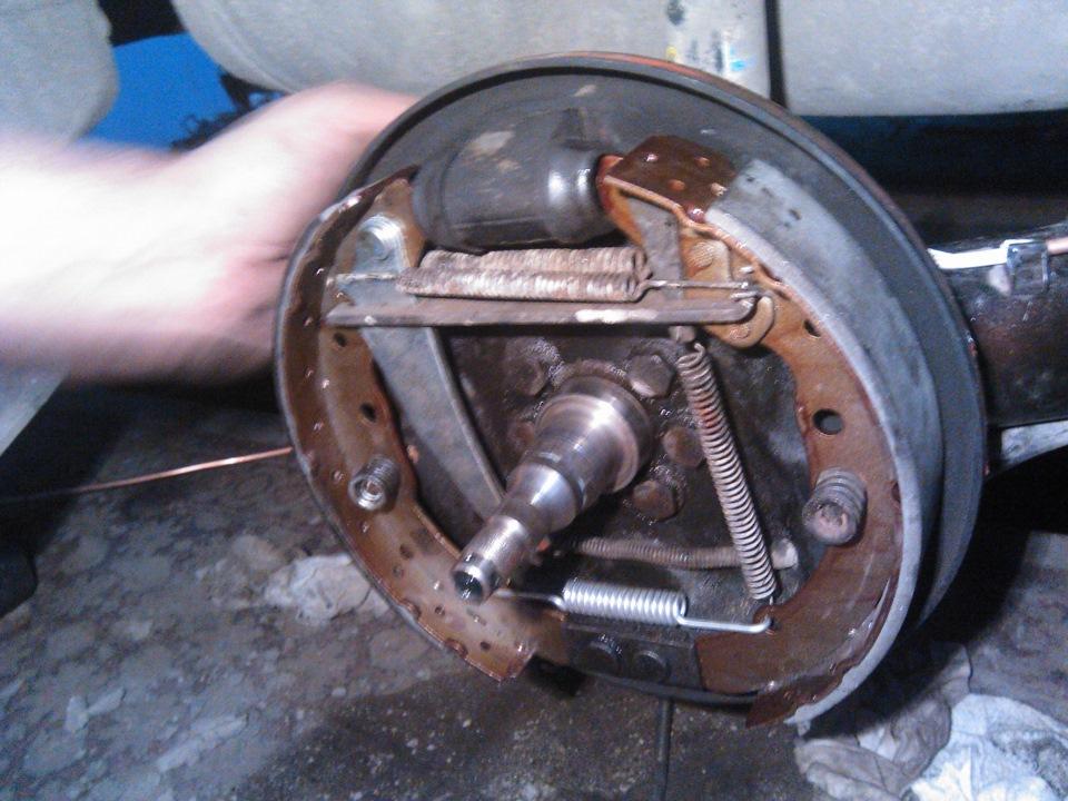 Замена барабанных тормозов - бортжурнал Volkswagen Passat B3 1992 года на DRIVE2