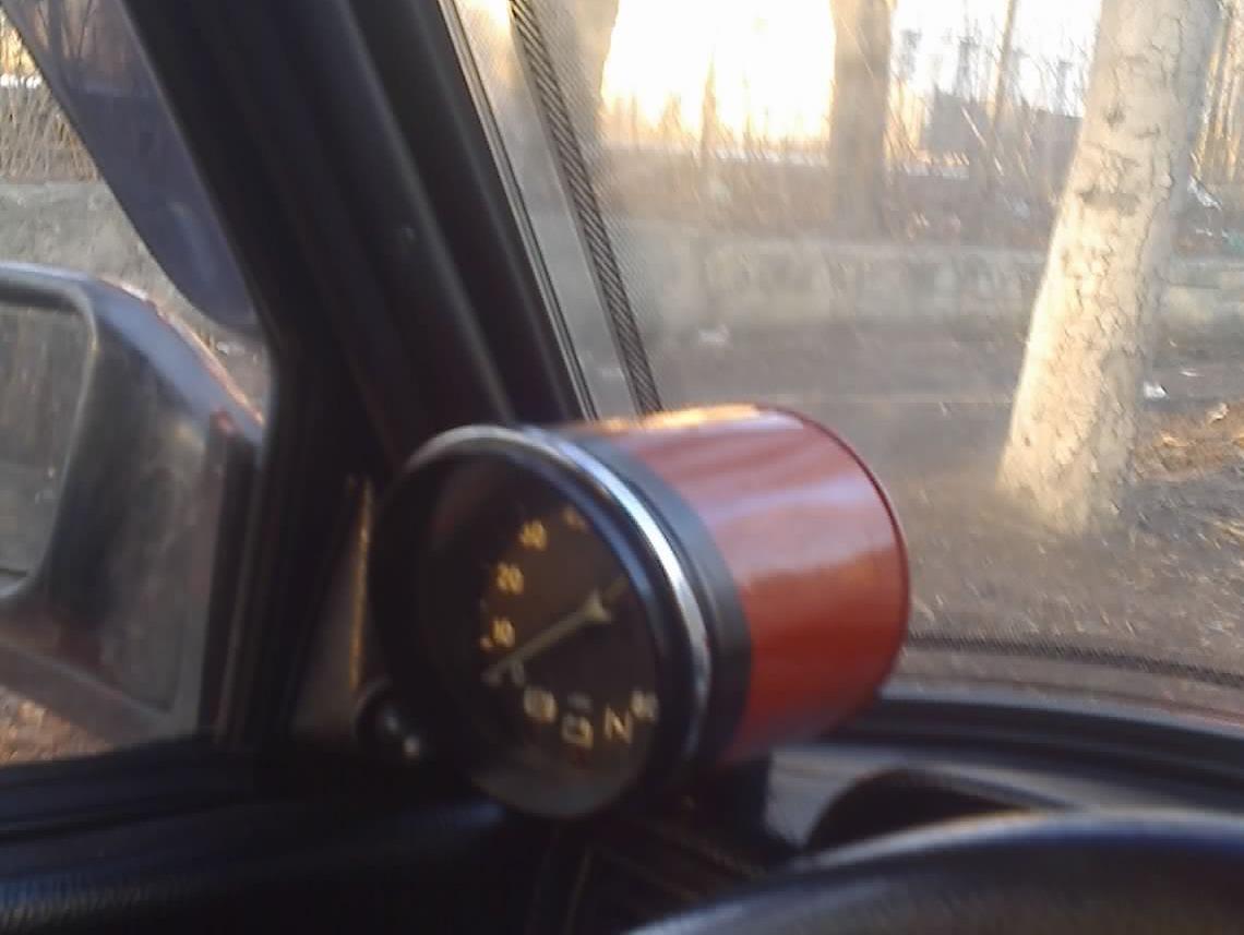 Шестерочный тахометр автомобильный на ваз 2105