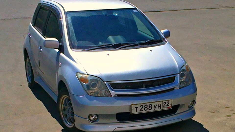 toyota ist, 2002 год кузов, двигатель