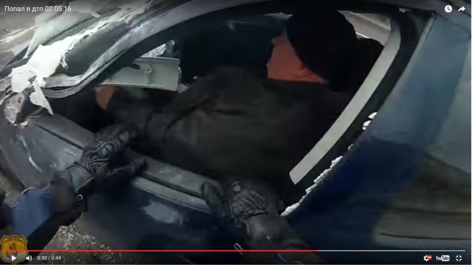 Монтаж фронтального погрузчика Frontlift-800 - YouTube