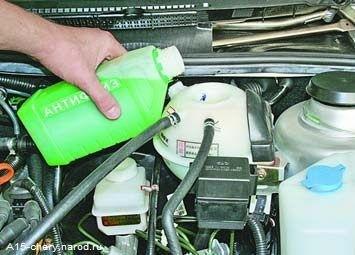 Замена охлаждающей жидкости на Чери Амулет