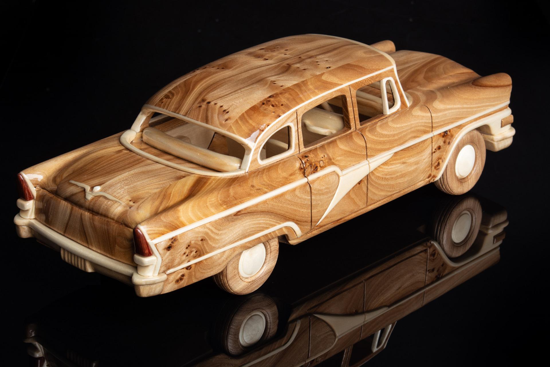 машины из дерева есть молодых родителей
