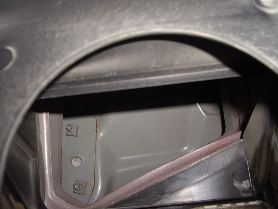 Где на шевроле ланос находится салонный фильтр