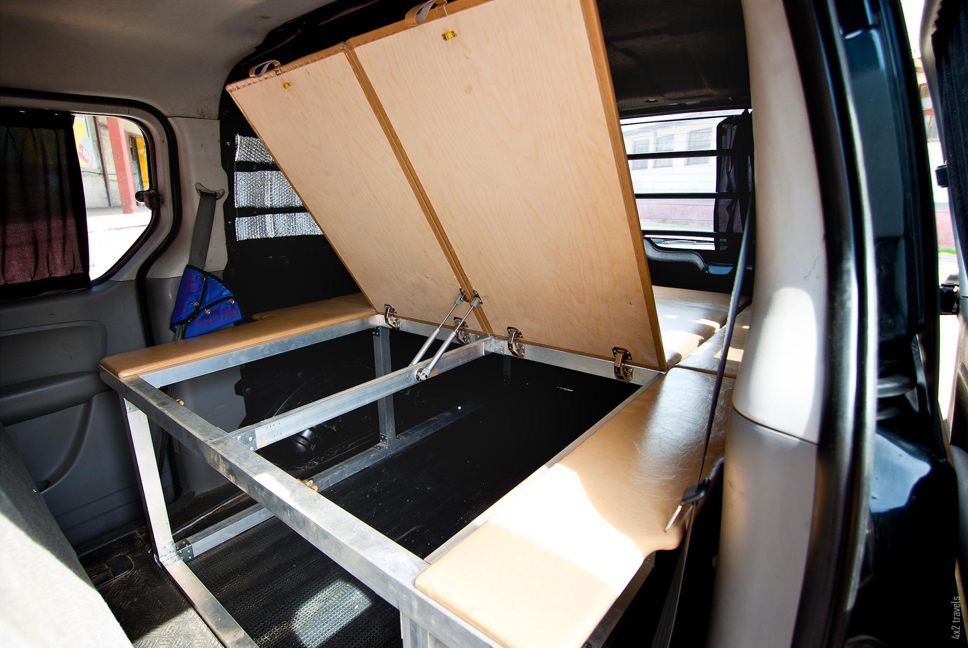 разрабатывал спальник в микроавтобусе фото будьте