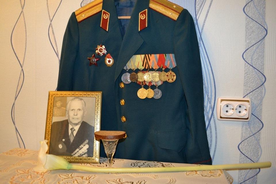 страницу как вешать медали на кителе парадном фото казахстан